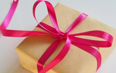 Gifts for your Surrogate – Do you have to buy them?